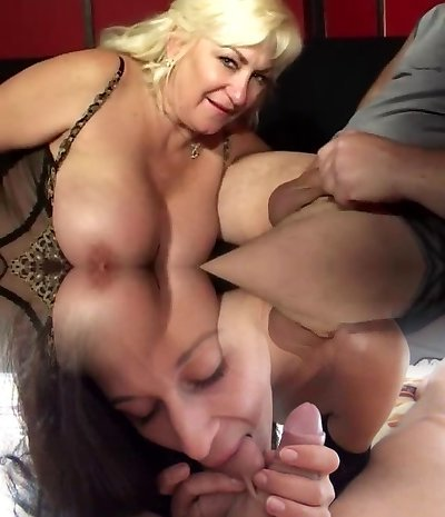 Huge titted mature loves smoking and deepthroating