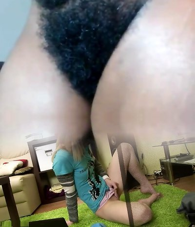 AFRICAN Cougar HAIRY PUSSY