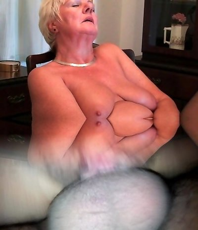 Total figured granny jerks with a dildo