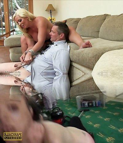 Kinky blondie mommy Alura Jenson dominates her fellow
