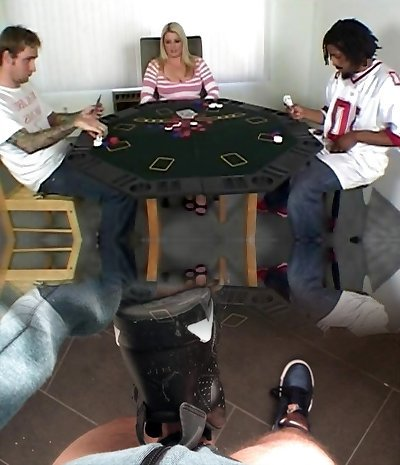 Mummy fucked after a poker game