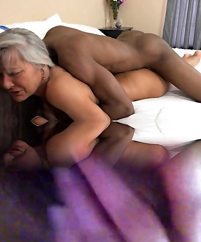 Mature Outstanding Body Fucked In Motel From Her Black Lover