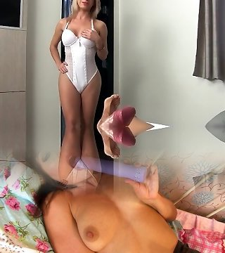 Blondie Shemale Flip Flops with a Dude