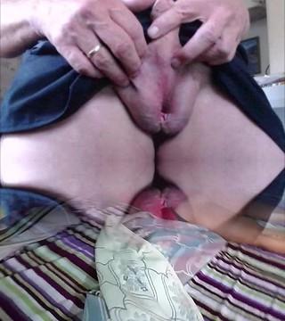 futa toying with puss slit Futanari hermaphrodite masterbating