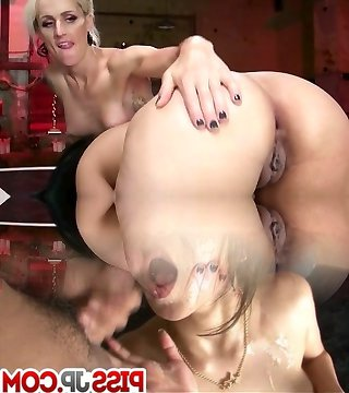 Erotic She-demon with Dick Plumbs Cent Barber to strike a deal