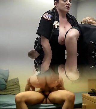 She-creature cop fucks prisoner and taxi busted