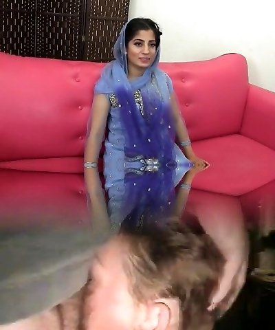 Paki-Indian muslim Girl fucked with 10 inches dark-hued cock