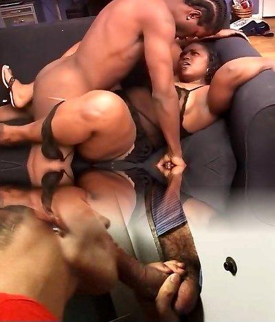Chubby Black Mama Makes Boy Jizm Twice