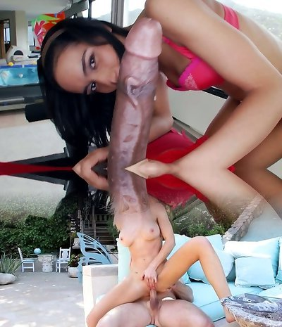 Black dude Rico Strong gets his dick worshipped in Sixty-nine position