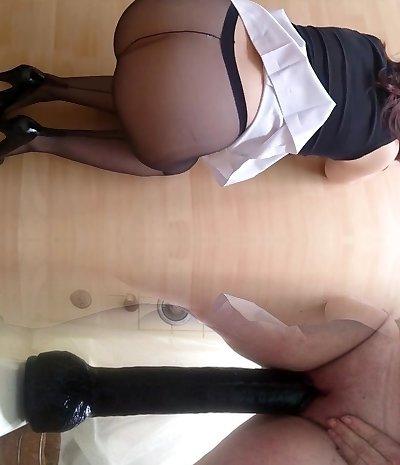 amateur brunette black pantyhose blowjob cumshot
