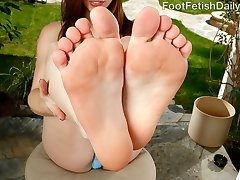 Anya Olsen loves making her boyfriend Richie go wild for her feet. She likes it when he worships her toes right in her stockings.