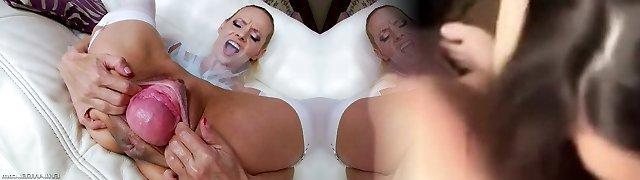 Sexy stunner Billie Star pulverizes gaping cunt of Raisa Wetsx with strap on