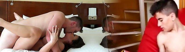 Black-haired cockslut with big boobs Alexa Pierce fucks a hot guy