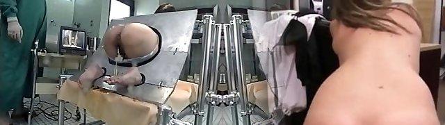 MILF Roped In A Machine