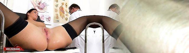 Brunette doctor gaping and pop-shot