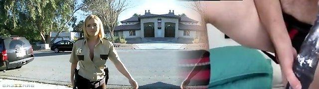 Brazzers - Big-tit towheaded Krissy Lynn screws cop in uniform