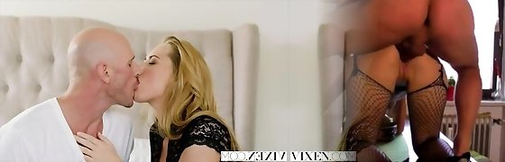 VIXEN Hot secretary Carter Cruise Lets her Manager Do Whatever he Wants to her