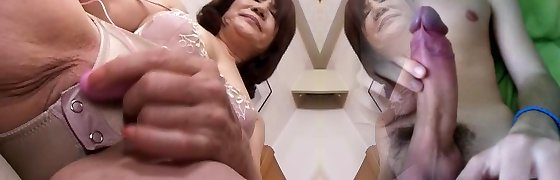 masturbating chinese gran part1
