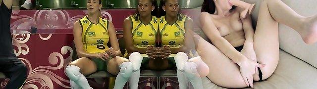 Brazilian Gal Volleyball Team - Cameltoe Spread